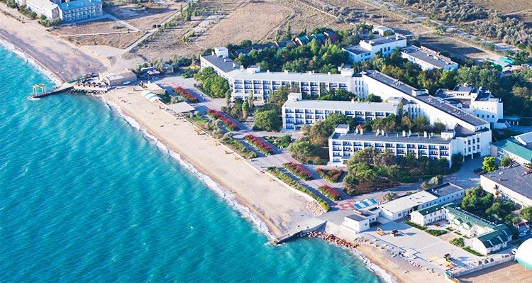 Путевки на отдых и лечение в санаториях Евпатории, Саки (курорты западного Крыма)